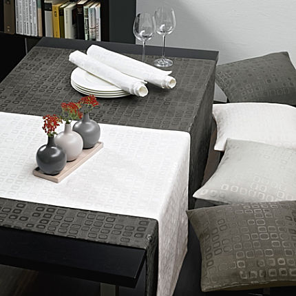 sander jacquard tischdecke tischdecken g nstig erwin m ller online shop. Black Bedroom Furniture Sets. Home Design Ideas