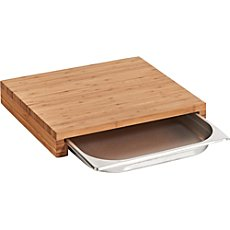 chopping board with collecting tray