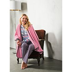 laritaM Coral Fleece Cape