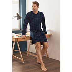 Jado interlock-jersey pyjamas. High quality men´s pyjamas. Classical, elegant and comfortable. V-neck top with printed check patterns. Plain dyed bottoms. Made from finest, mercerised yarns. 100% cott