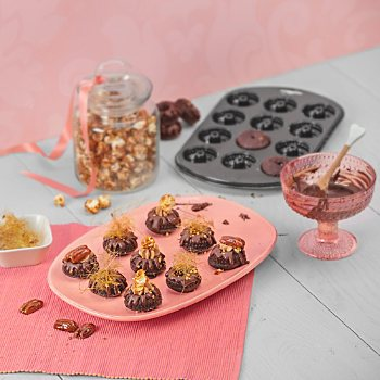 Kaiser Backen  muffin tin mini gugelhupf