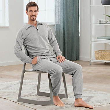 Erwin Müller men's zip-neck sweater