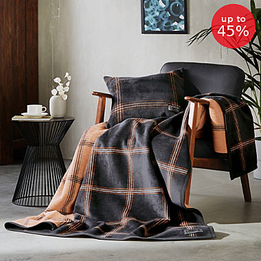 Looks by Wolfgang Joop blanket
