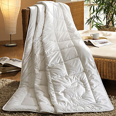 lightweight quilted duvet