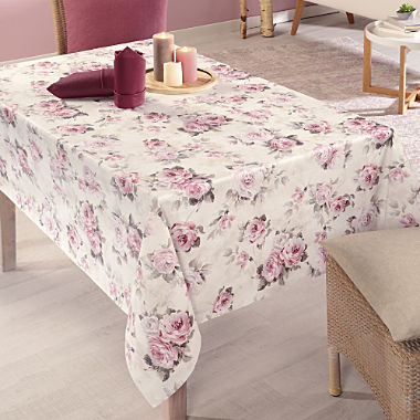 stain-resistant tablecloth