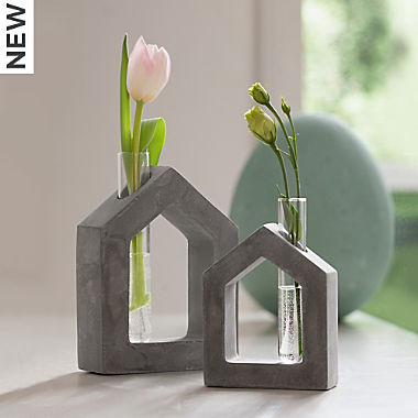house with vase set of 2