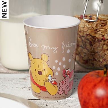 Gedalabels drinking cup